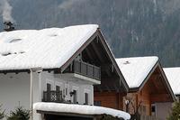 Viel Schnee auf dem Dach