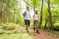 Wälder, Heide, Seen - und Schuhschnäbel